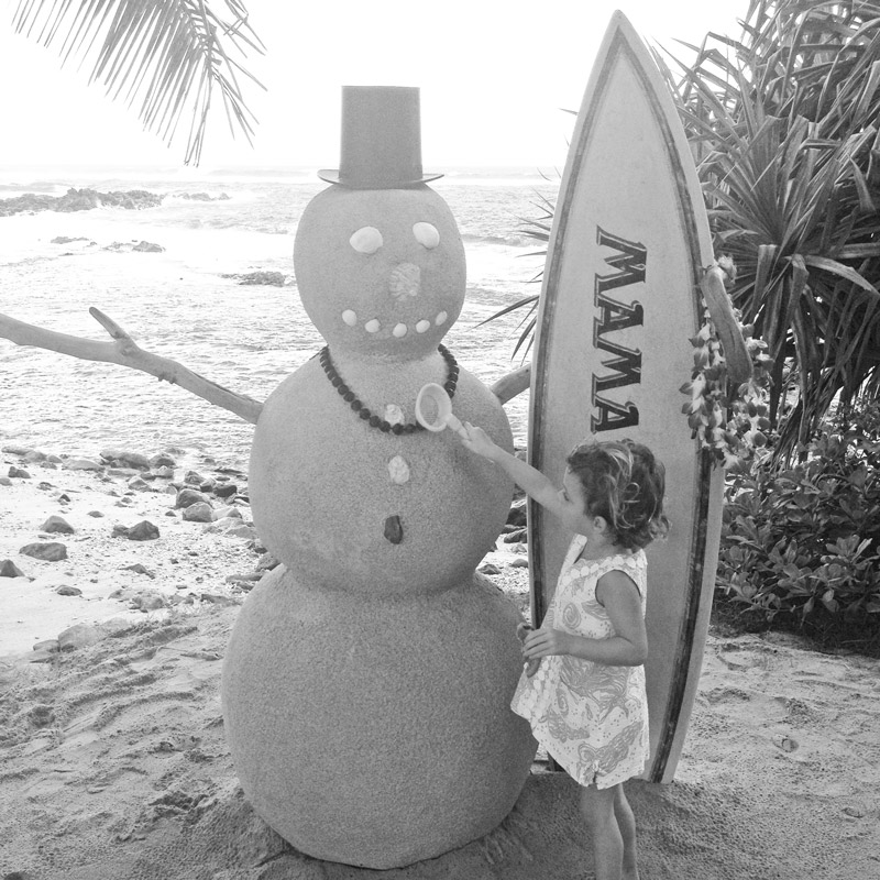 Maui Christmas Snowman mama's fish house